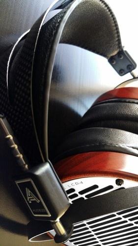 Audeze headphone - LCD4.jpg