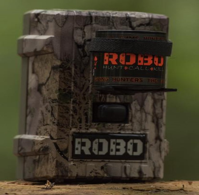 Robo Deer Call with attractive domed label