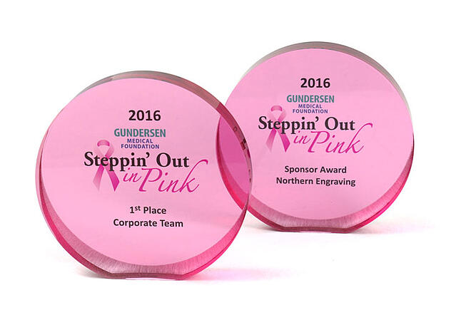 Northern Engraving receives award from Steppin Out in Pink 2016